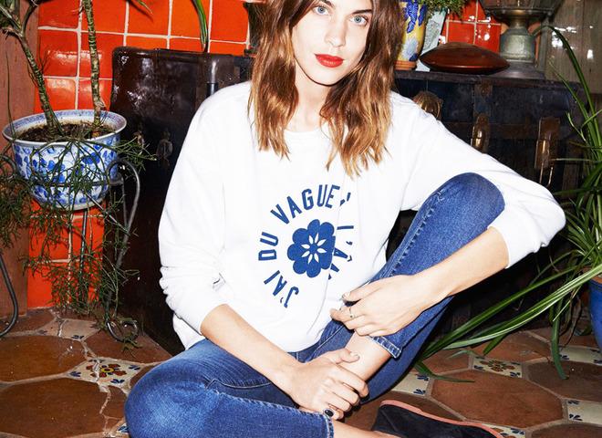 Алекса Чанг чекає дзвінка в рекламі AG Jeans