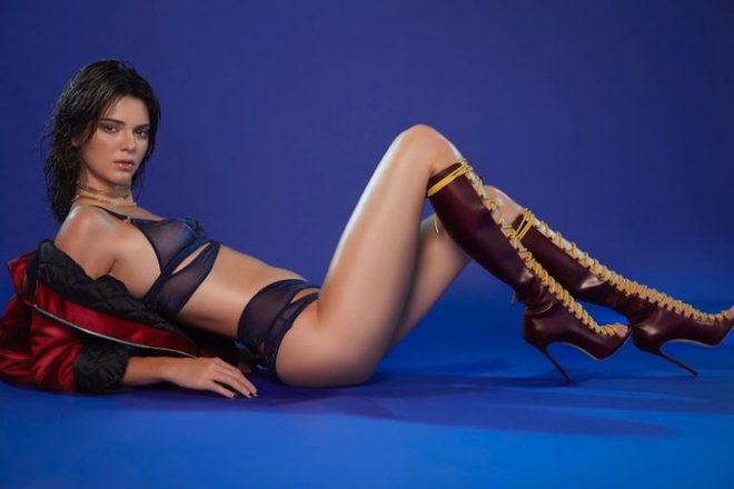 Сексапильная Кендалл Дженнер в сьемке для LOVE Magazine