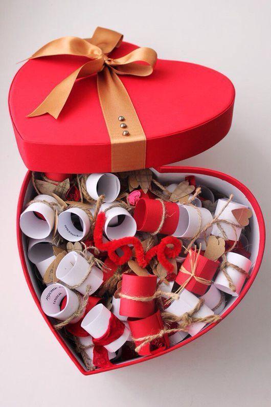 Що подарувати на День святого Валентина для неї і для нього: ідеї подарунків своїми руками