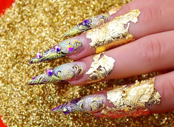 Создай креатив на ногтях