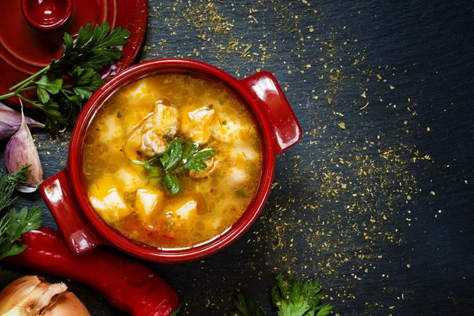 Яловичий суп з дайконом