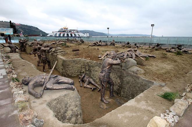 ТОП-15 найнезвичайніших пам'ятників світу