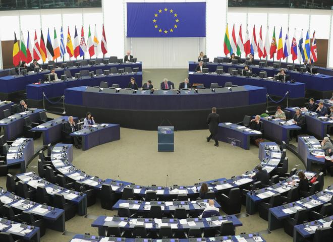 Безвизовый режим: Европарламент проголосовал за предоставление безвиза для Украины