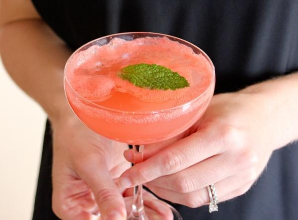 Попробуй свежий арбузный коктейль