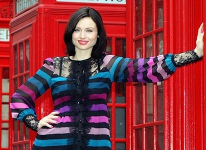 Софи Эллис-Бекстор поздравит с денм рождения известный украинский глянец