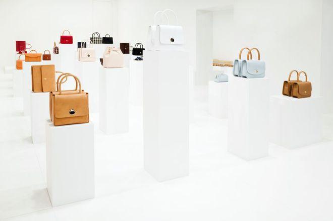 Американський бренд створив сумки в честь українських дівчат