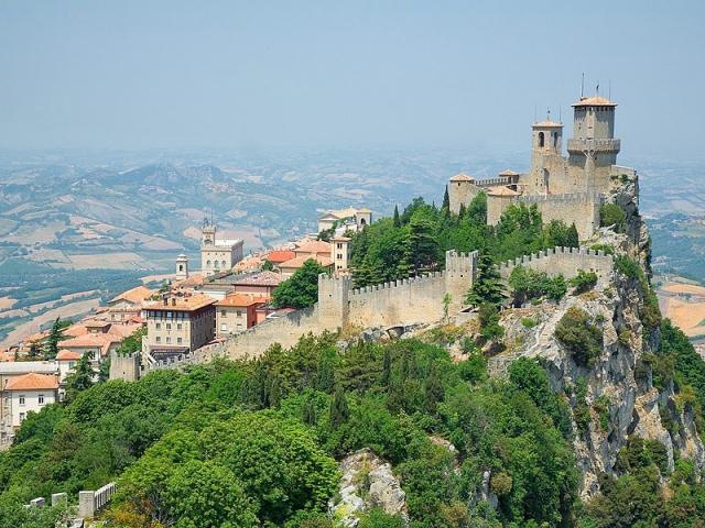 Подорож по міні-країнам: Сан-Марино
