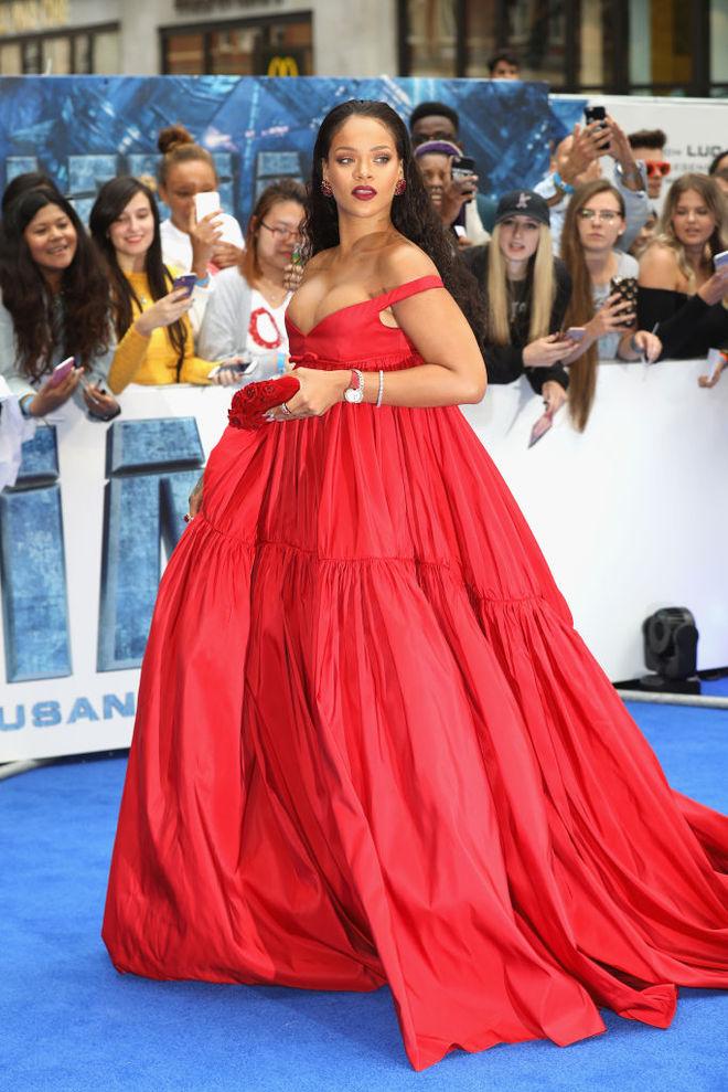 Ріанна у сукні від Giambattista Valli