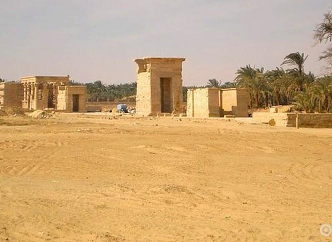 Оазис Эль-Харга