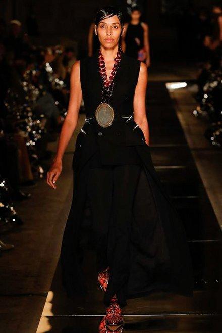 Что нужно знать о новом показе Givenchy - 7 главных фактов