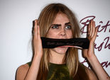 Бьюти-тренд - широкие брови: как получить брови как у Кары Делевинь