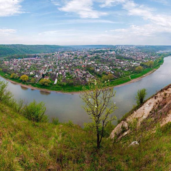 Удивительное рядом: живописный городок Залищики в Тернополе