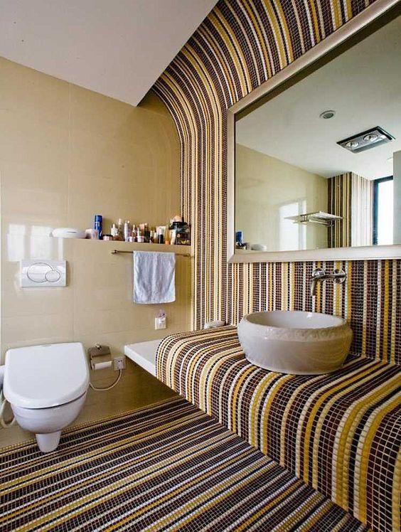 мозаїка в ванній кімнаті