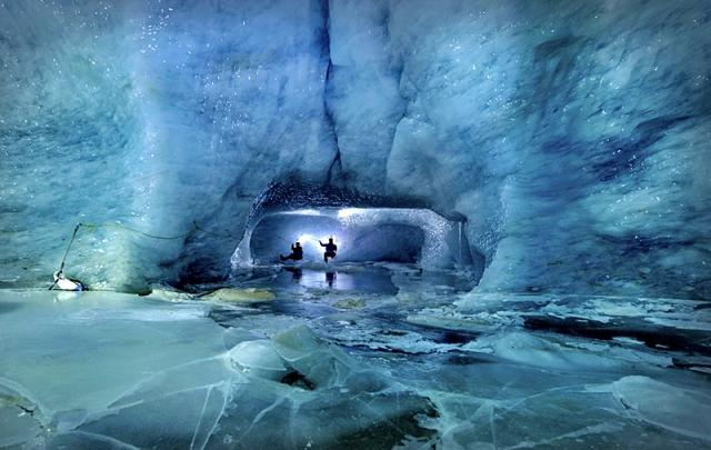 Пещеры ледника Горнер