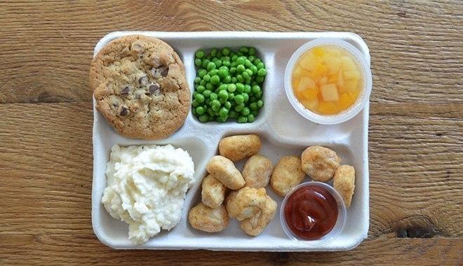 Как выглядят детские завтраки в разных странах (фото)