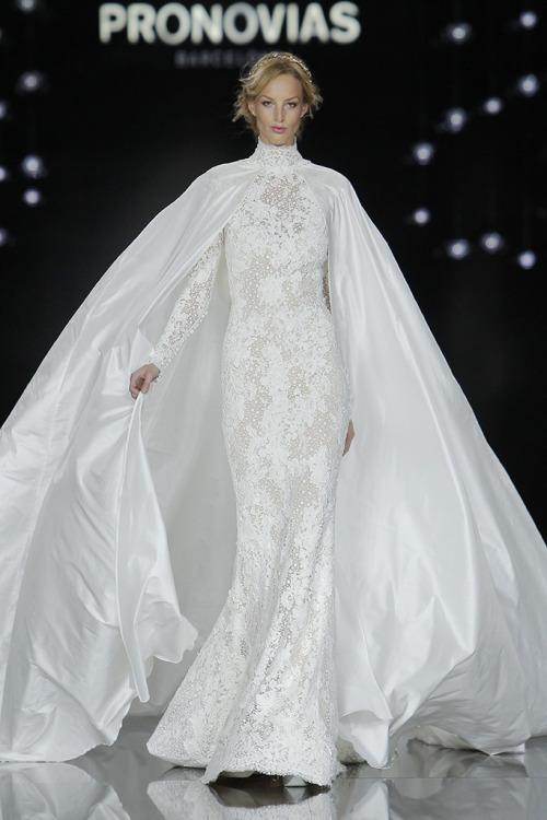 Показ весільних суконь Pronovias