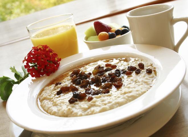 5 фактов в защиту каши на завтрак