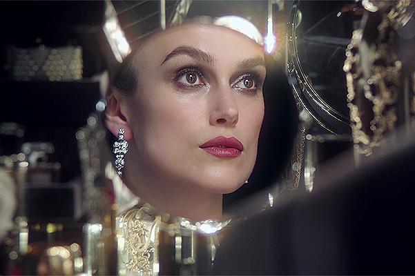 Уроки макияжа от Киры Найтли в проекте Chanel Beauty Talks