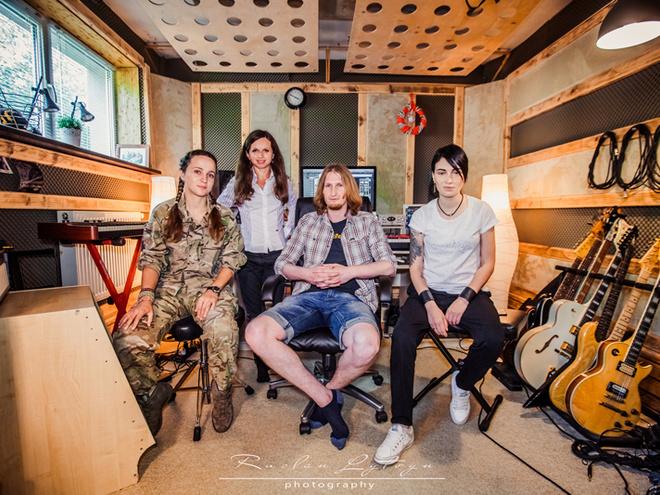 Анастасия Приходько спела в проекте #ПісніВійни