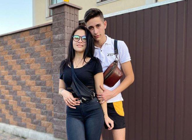 Роман Сасанчин с возлюбленной Иванной