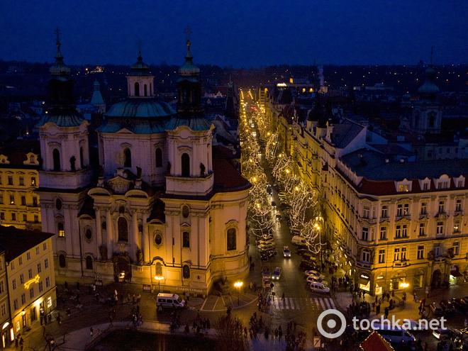 Різдвяні розпродажі 2013-2014 в Празі. Вулиця Parizska.