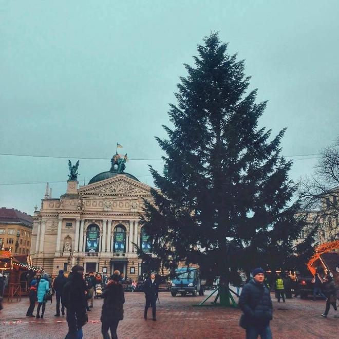Новорічні свята 2018 у Львові