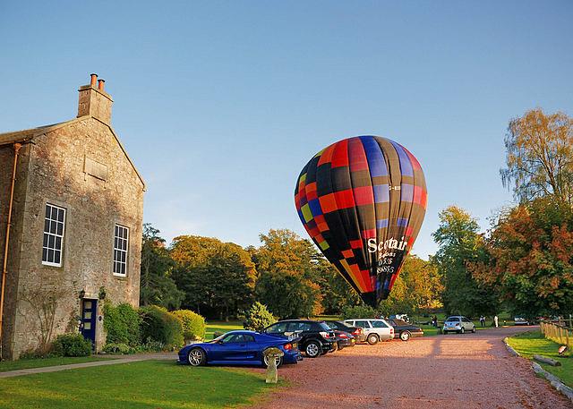 ТОП гостиниц с привидениями: Shieldhill Castle, Эдинбург, Шотландия