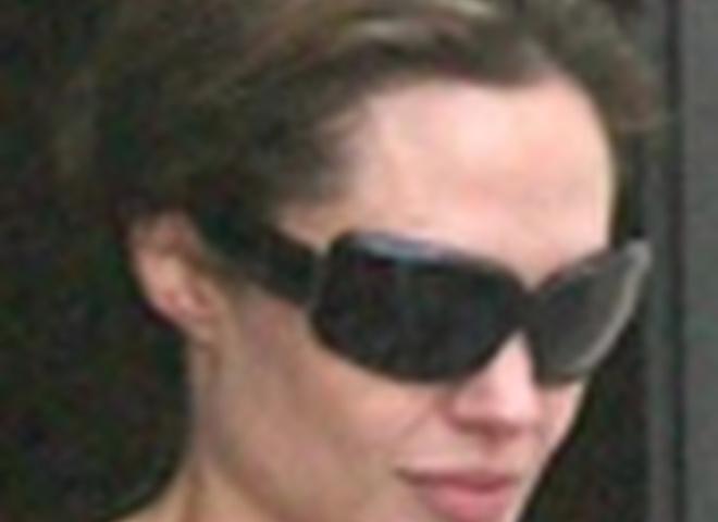 Анджелина Джоли и Мэддокс