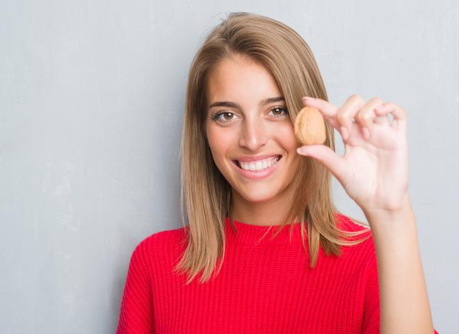 Міцні і смачні: в чому користь горіхів для жінок