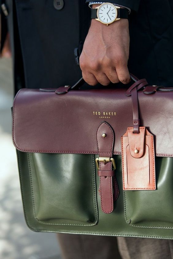Модные мужские сумки в офис: ТОП-7 вариантов