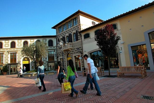 Куда поехать на шопинг: Италия