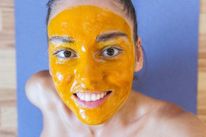 Куркума для шкіри обличчя