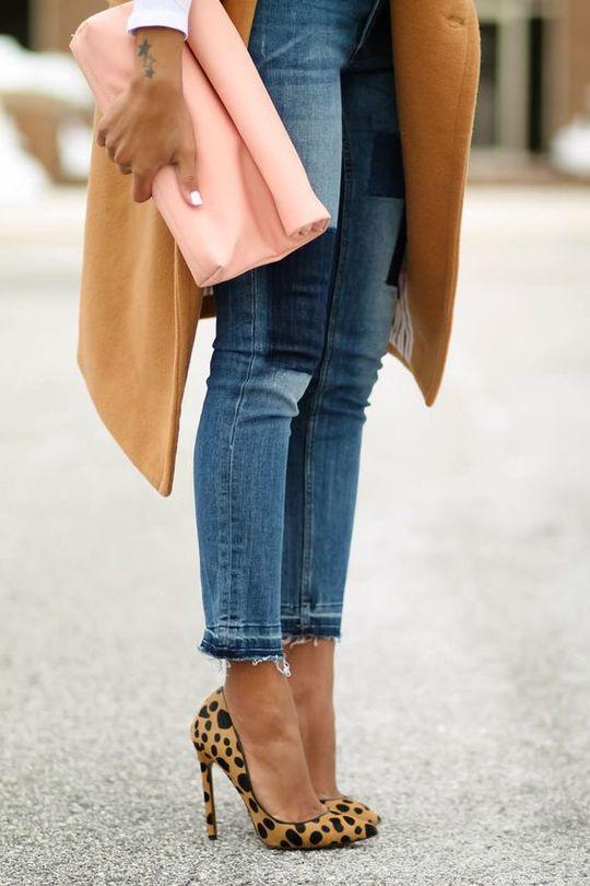С чем сочетать леопардовую обувь?