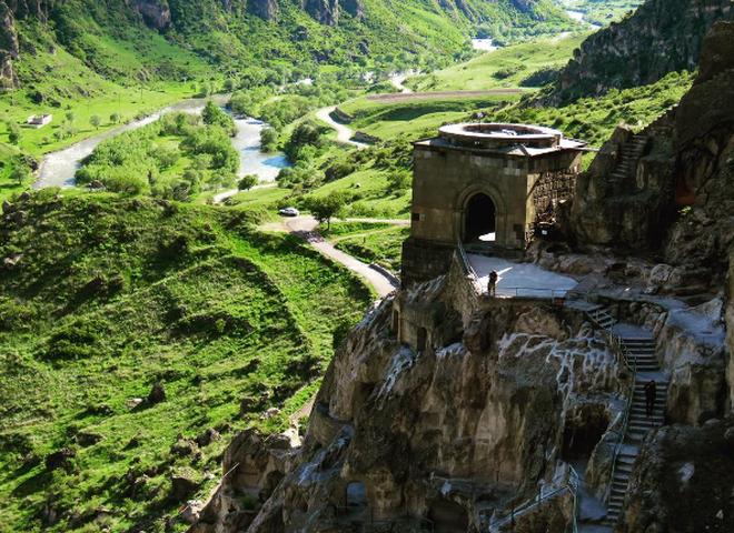 9 найцікавіших пам'яток Грузії