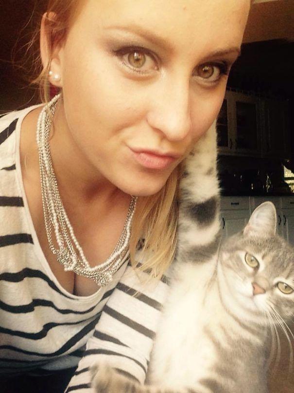 Самые яркие селфи с котами