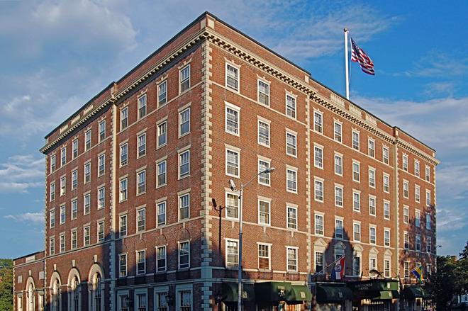 15 самых мистических отелей мира