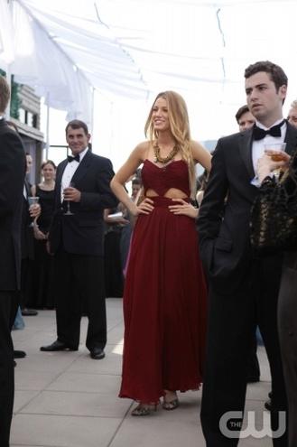 платья серены 2