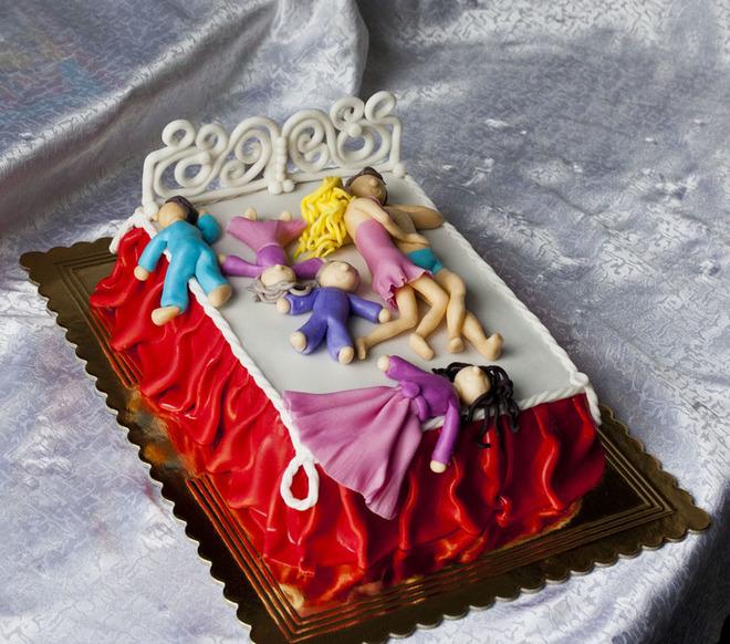 Подборка странных и забавных тортиков
