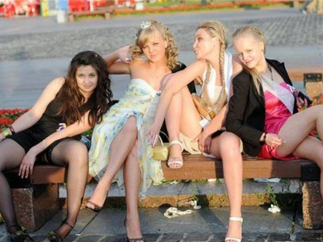 фото голых пьяных выпускниц