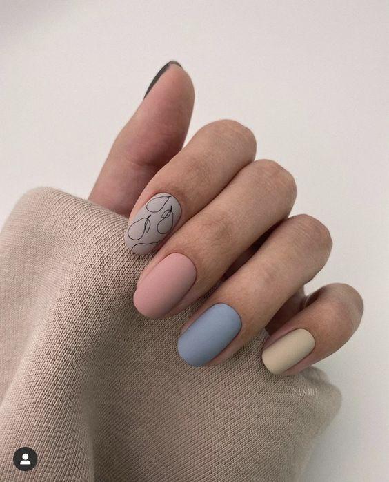 Матовий манікюр: модний осінній дизайн