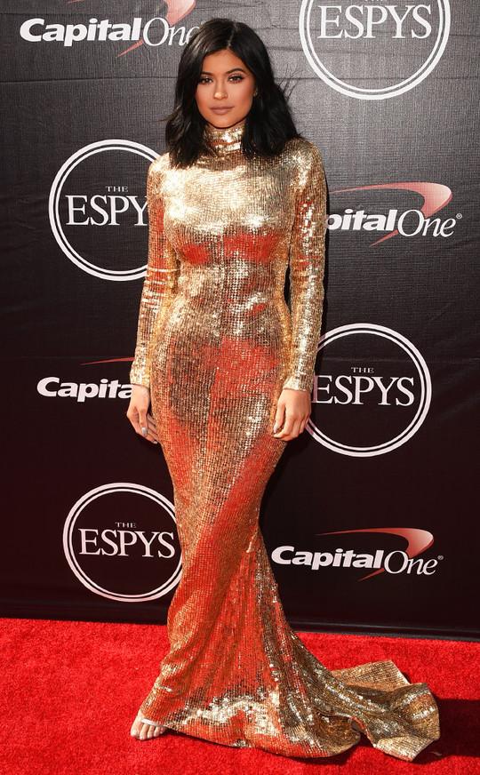ESPY Awards 2015: Брітні Спірс, Мел Бі, Кайлі Дженнер та інші зірки на червоній доріжці заходу
