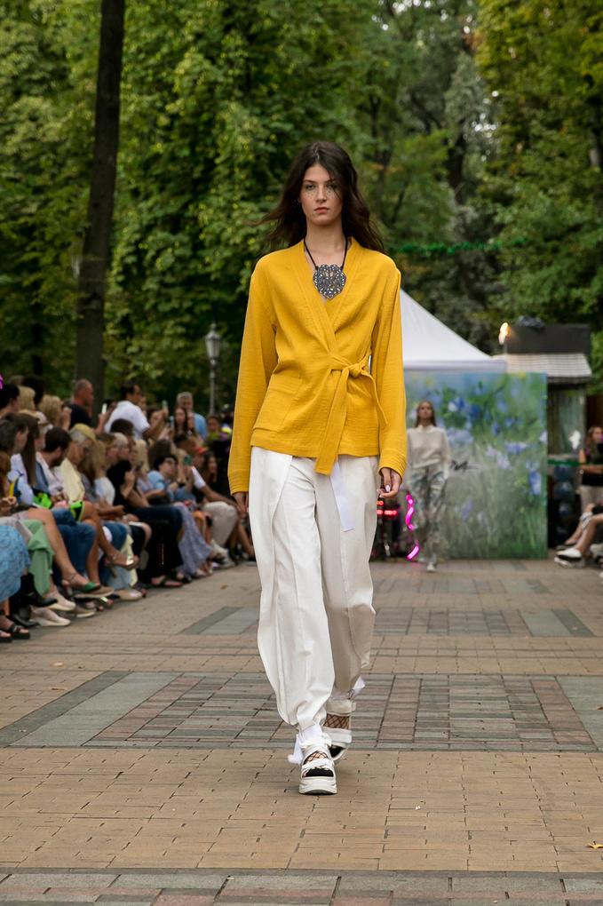 Показ украинского бренда SEREBROVA: коллекция весна-лето 2022