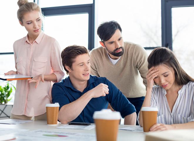Чек-лист: чем ты раздражаешь своих коллег