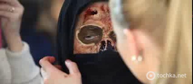 Крутой макияж зомби на Хэллоуин