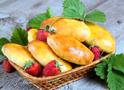 Пиріжки на кефірі, жульєн у тарталетках, сулугуні рецепт, банановий пиріг