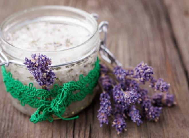Домашня косметика: 5 ароматних скрабів для тіла