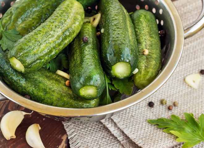 Малосольні огірки: рецепт простий і швидкий