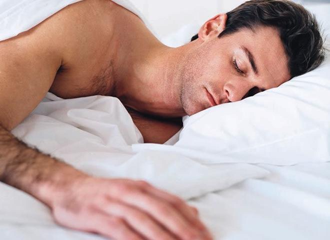 Запитання-відповідь: Чому чоловіки після сексу сплять