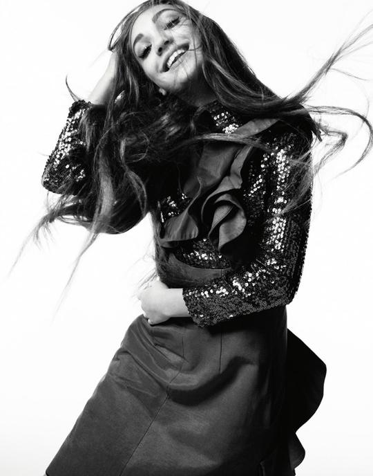 Медді Зіглер знялася для глянцевого журналу