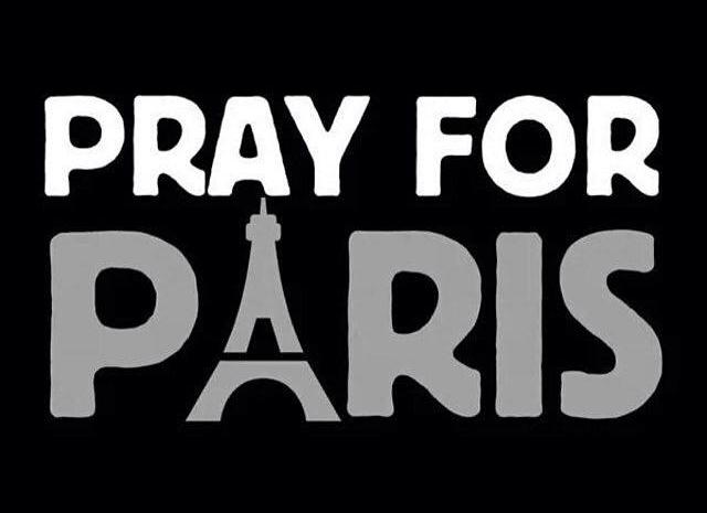 Теракти в Парижі: коментарі Віри Брежнєвої, Маші Єфросиніної та Святослава Вакарчука